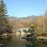 Gyeongju-UNESCO-World-Heritage-Site,-Seokgulam,-Bulguksa-Temple-Day-Trip-06